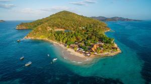 Castaway Island Resort - Image1