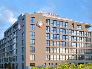 Hotel Swiss Star - Image1