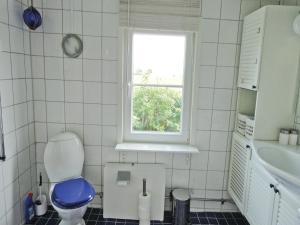 Holiday home Krutbodensv. Ystad - Image4