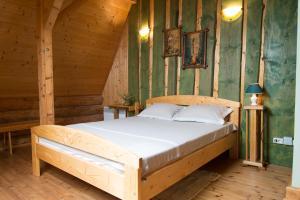 Guest House Leveri - Image3