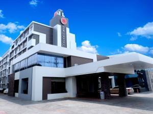 New Travel Lodge Hotel - Image1