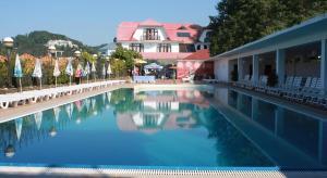 Breez Hotel - Image4