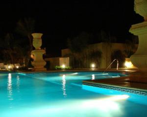 Condado Hotel Casino Santo Tome - Image4