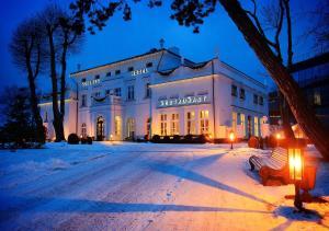 Schloss Hotel Yantarny - Image1