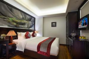 Golden Lotus Boutique Hotel - Image3