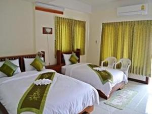 Riverfront Hotel Mukdahan - Image3
