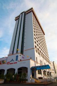 KP Grand Hotel - Image1