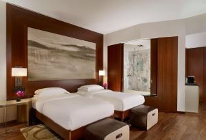 HotelPhoto3