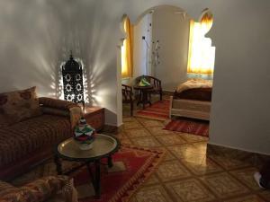 hotel la renaissance - Image4