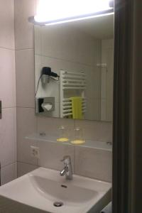 Hotel Lorze - Image4
