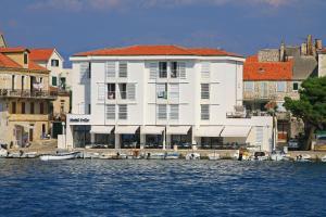 Hotel Vrilo - Image1