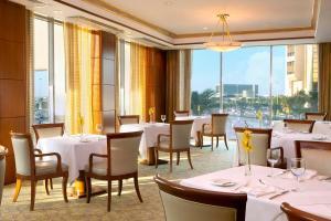 Sheraton Bahrain Hotel - Image2
