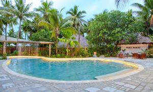 Castaway Island Resort - Image4