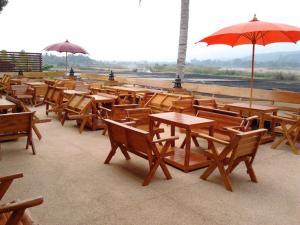 Tamarind Grand Resort Mae Sariang - Image2