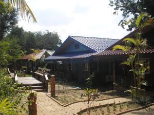 Tamarind Grand Resort Mae Sariang - Image1