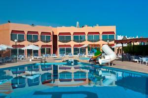 Aida Beach Hotel - Image4