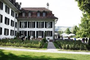 Hotel Schloss Hünigen - Image1