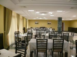 Qubek Hotel - Image2