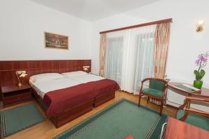 Szarvaskút Hotel - Image3