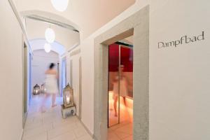 Atrium Hotel Blume - Image4