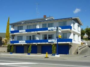 Anchor Motel, ,