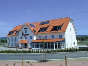 Hotel Montana Lauenau - Image1