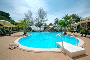 Khao Lak Sunset Resort - Image4
