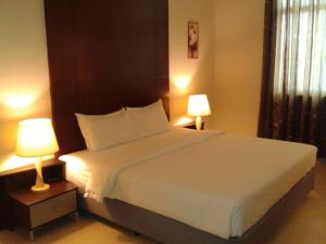 Ginasuite Kompleks27 Hotel - Image3