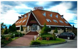 Atrium Hotel - Image1