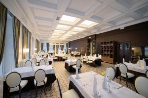 Schloss Hotel Yantarny - Image2