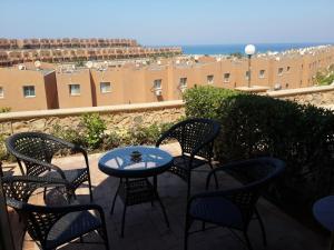 One-bedroom Chalet In Stella Di Mare Sea View 1 Resort, ,