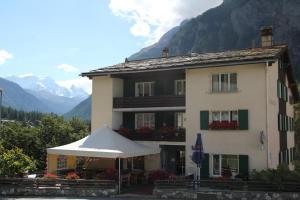 Hotel Klein Matterhorn - Image1