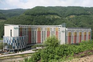 Jeongseon Mayhills Resort - Image1