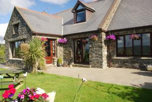 Carbery Cottage Guest Lodge, ,