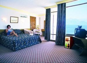 фото отеля CLUB HOTEL DELFIN (Турция).  Закрыть.