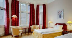 First Hotel Stadt - Image4