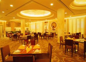 Beijing Friendship Hotel Grand Building - Image2