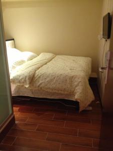 Ho Me Hotel, ,