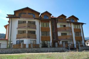 PM Services Riverside Apartments - Image1