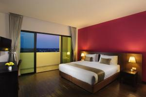 Coco View Hotel - Image3