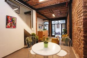 Downtown Istanbul Hostel, ,