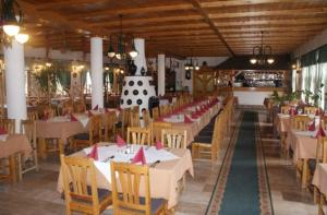 Oreg Halász Hotel és Étterem - Image2