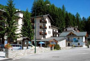 hotels mountain lombardy