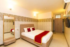 Oyo Rooms Electronic City Phase 2, ,