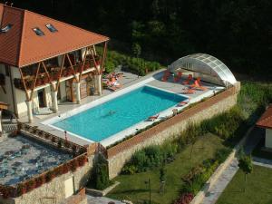 Szalajka Liget Hotel es Apartmanhazak - Image4