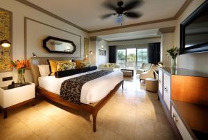 Grand Palladium Lady Hamilton Resort and Spa - Image3