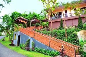 Raya Buri Resort - Image1
