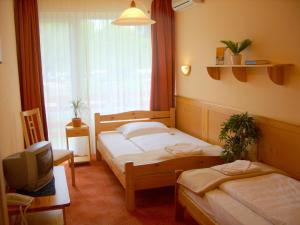 Nereus Park Hotel - Image3