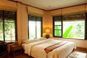 Kangsadarn Resort and Waterfall - Image3