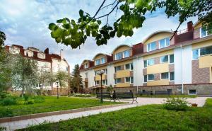 Evrika Hotel - Image1